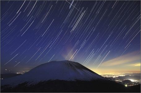 浅間山周辺から見える星空の写真